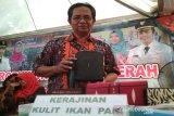 Kerajinan kulit ikan pari asal Rembang bernilai jutaan rupiah
