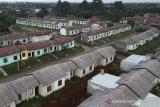 Foto udara perumahan subsidi di Bogor, Jawa Barat, Sabtu (30/3/2019).  Berdasarkan data Bank Indonesia, penyaluran kredit pemilikan rumah (KPR) dan kredit pemilikan apartemen (KPA) per Januari 2019 tumbuh 13,5 persen secara tahunan (year-on-year/yoy) menjadi Rp467,1 triliun. ANTARA JABAR/Yulius Satria Wijaya/agr