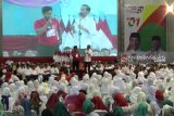Warga Ngawi ikuti kampanye Jokowi di GOR Bung Hatta
