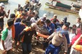 Alfarizi, nelayan yang jatuh ke laut ditemukan dalam kondisi meninggal