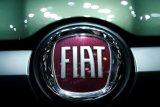 Fiat Chrysler rela menggelontarkan dana besar untuk Tesla