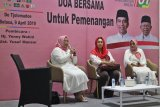 Ibunda Jokowi, Yusuf Mansur, dan Yenny Wahid hadiri doa bersama untuk kemenangan Jokowi-Amin