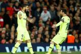 Gol bunuh diri menangkan Barca atas MU 1-0