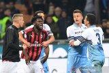 Insiden perayaan kemenangan, enam pemain Milan dan Lazio didenda