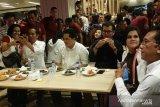 Joko Widodo ajak Erick Tohir dan Wishnutama makan siang