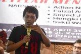 Politisi PDI Perjuangan Adian Napitupulu kelelahan