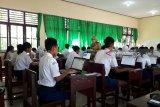 Komputer kurang, SMPN 6 Palangka Raya terpaksa pinjam dengan sekolah lain