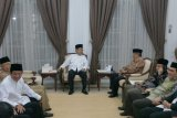 Wapres Jusuf Kalla silaturahim dengan tokoh muslim