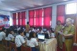 Wabup Palandung berikan dukungan moral bagi peserta UNBK SMP