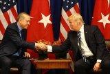 Trump-Erdogan bahas kelompok kerja S-400 Rusia