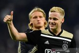 MU sepakati nilai transfer untuk mendatangkan De Beek