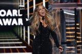 Mariah Carey dianugerahi Icon Award di BMA 2019