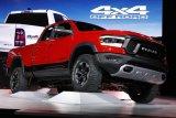 Di Amerika Utara , Fiat  Chysler laporkan penurunan penjualan April
