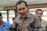 Saut Situmorang tegaskan KPK tetap solid setelah ada protes terbuka