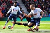 Eric Dier terancam sanksi FA karena konfrontasi suporter Tottenham