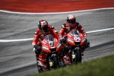 Persaingan ketat antara Petrucci dan Marquez di sesi latihan bebas Jerez