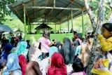 Peziarah padati pemakaman Islam di Mamuju jelang Ramadhan