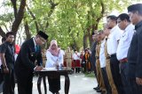 Wali Kota Makassar  hari terakhir menjabat lantik 300 ASN