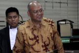 KPK eksekusi mantan Bupati Malang Rendra Kresna ke Lapas Klas I Surabaya