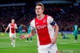 Matthijs de Ligt menanggapi rumor transfer ke Barcelona atau MU