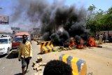 Satu petugas, tiga demonstran meninggal dalam bentrokan