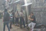 Densus 88 geledah rumah terduga teroris di Sukoharjo