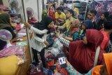 Pesanan pakaian
