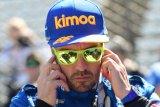 Alonso kecelakaan tabrak dinding pembatas