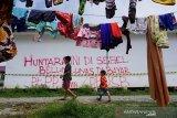 Huntara korban tsunami disegel