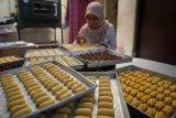 Produksi kue kering
