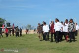 Jokowi pays visit Kutuh sports tourism village in Bali