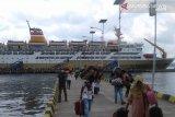 PT Pelni akan karantina KM Dorolonda setelah 19 petugas kapal terpapar corona