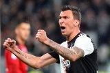 Mandzukic dan Can tak masuk skuat Juve di Liga Champions