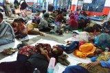 Mulai banyak pemudik menginap di Pelabuhan Sampit