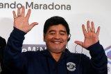 Maradona mengharapkan bantuan Tuhan untuk hentikan pandemi corona