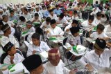 ACT Jateng & Maybank Syariah santuni 150 anak yatim