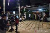 Massa pendukung 02 sambangi kediaman Prabowo di Kertanegara