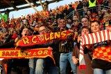 Liga Prancis - Lens selangkah lagi kembali ke Ligue 1 setelah lima tahun