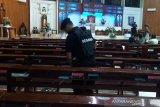 Tim Gegana sterilisasi  tujuh gereja di Purwokerto