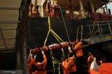 SAR Kupang evakuasi kru kapal Saldanha Bay yang sakit