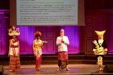 Peragaan Busana Tradisional Indonesia pikat Diplomat di Swedia