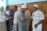 Warga binaan Lapas Penfui Kupang laksanakan shalat Ied