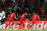 Turki libas Francis 2-0