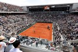 Roland Garros batasi 5.000 penonton per hari