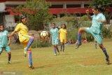 NTT belum terlalu siap miliki tim sepak bola putri