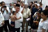 Gubernur kunjungi anak penderita mikrosefalus di RSUD Doris Sylvanus