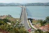 Gubernur usul bangun jembatan menghubungkan Pulau Buton-Muna