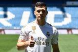 Luka Jovic ingin berkolaborasi dengan Karim Benzema