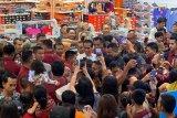 Presiden Jokowi - Jan Ethes hebohkan Trans Studio Mall Denpasar