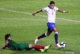 Chelsea merekrut mantan kapten PSG Thiago Silva